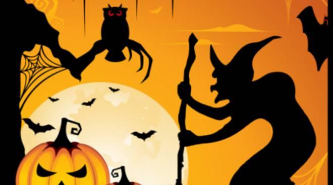 """Oltre Halloween: le origini di questa """"festa"""" in conferenza"""