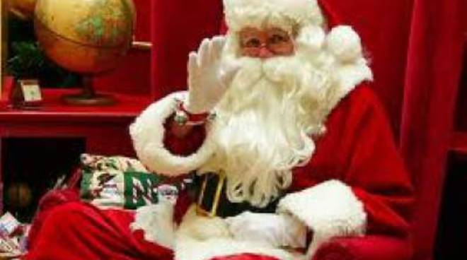 Babbo Natale festeggia all'Idroscalo di Ostia