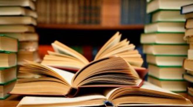 Scuola: il Comune rimborsa i libri di testo alle famiglie bisognose