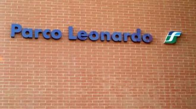 Incidente alla stazione di Parco Leonardo, ragazza investita dal treno