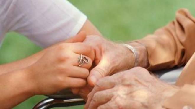 Vuoi aiutare minori, anziani, disabil? ecco il bando