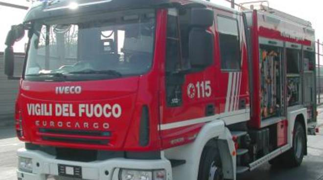 Casa andata a fuoco, sequestrata l'area di via Carbonia