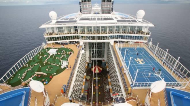 Approda a Civitavecchia la nave crociera più grande al mondo