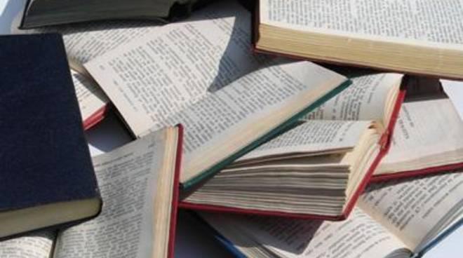 """Mostra di libri: """"Ci sono anch'io, fuori dagli stereotipi, dentro alla realtà"""""""