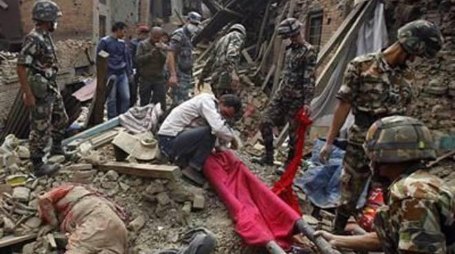 Sisma in Nepal, tragedia di proporzioni bibliche