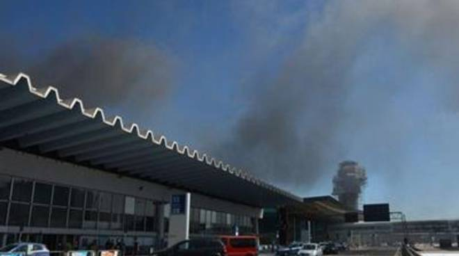 Aeroporto, disposto il sequestro del molo D
