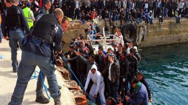 """Fi: """"No ai 112 profughi in arrivo"""""""