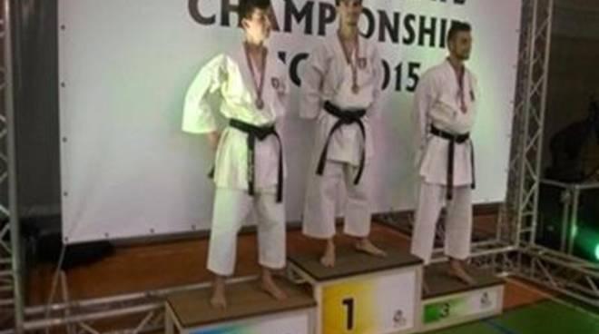Mondiali di karate Wkc, il Mushin Karate Eschilo conquista 7 medaglie e due titolo iridati