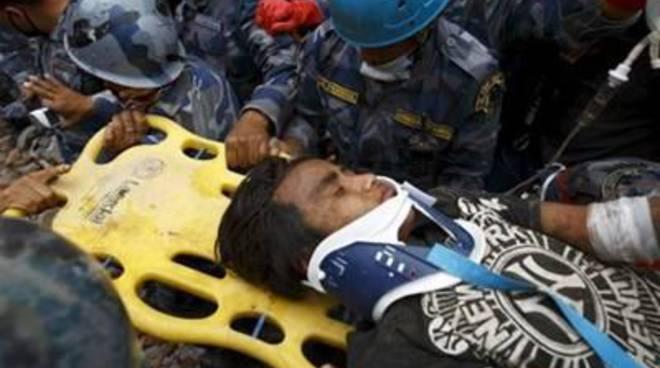 "Nepal, ""cacciati via"" i soccorritori"