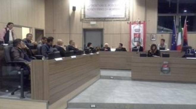 """Noi con Salvini: """"Il consiglio comunale ha segnato la fine dell'era Di Fiori"""""""
