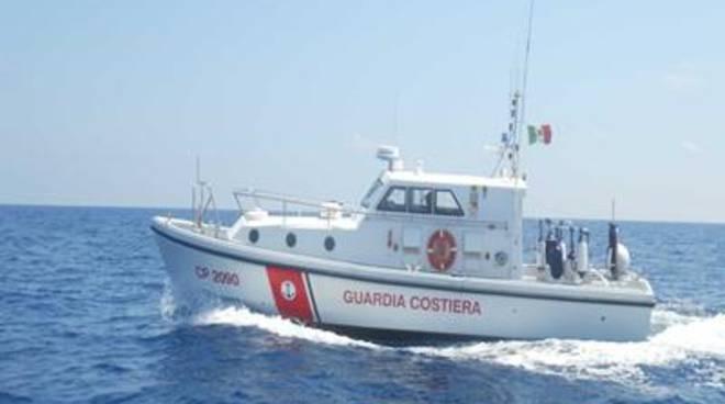 Occupazione abusiva di spazio marittimo, sequestrato un impianto ittico