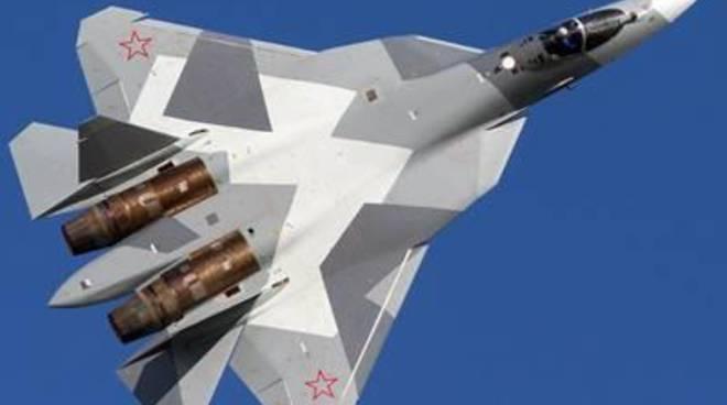 Aereo spia russo sorvola nel Baltico navi da guerra Nato