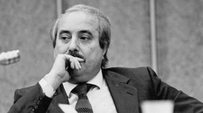 """Associazione Caponnetto: """"Politica e mafia vivono sul controllo dello stesso territorio"""""""