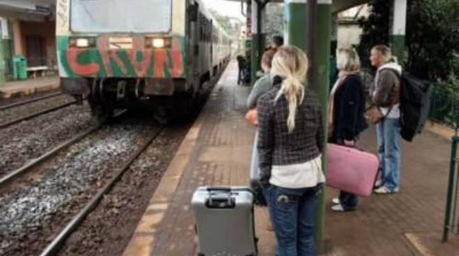 Caos alla stazione di Latina, pioggia di reclami