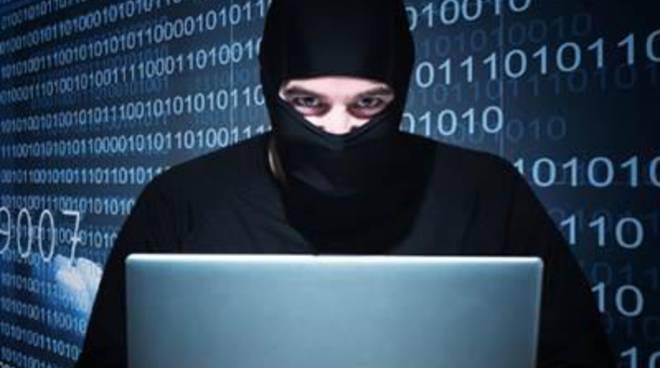 Hacker contro uffici federali Usa, compromessi 4 milioni di dati