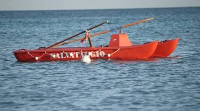 Maxi salvataggio a S. Agostino. Salvate 5 persone che rischiavano di annegare