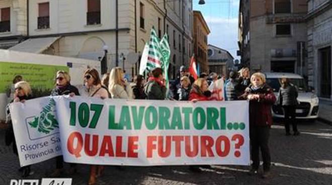 "Risorse Sabine, Aurigemma (Fi): ""Zingaretti abbandona 107 famiglie"""