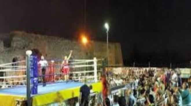 Arriva la boxe sulla Rocca