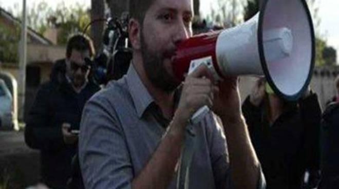 """CasaPound: """"Sconfitti i mercatini rom in via delle Sirene, vittoria dei cittadini"""""""