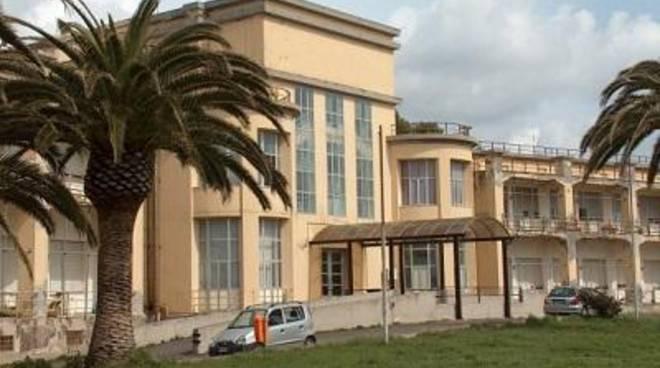 Concessa al Comune un'area boschiva dell'Ospedale Militare