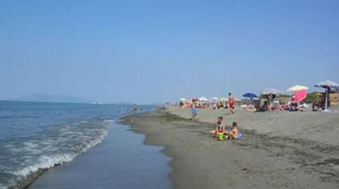Domenica con la bandiera rossa, diversi interventi sulle spiagge di Montalto e Pescia