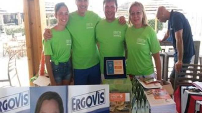 Farmacisti in aiuto e i campioni di solidarietà del Trofeo The Beach Club