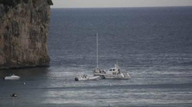 Le autorità intensificano i controlli sulle attività illecita sul demanio marittimo