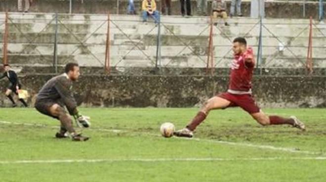 Michele Vano firma per l'Ostiamare