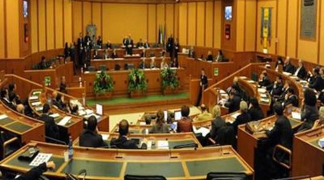 Sicurezza, approvata la modifica alla Legge Regionale. Istituita la Commissione Criminalità