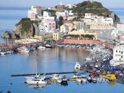 Controlli ai noleggiatori in spiaggia, 2mila euro di multe