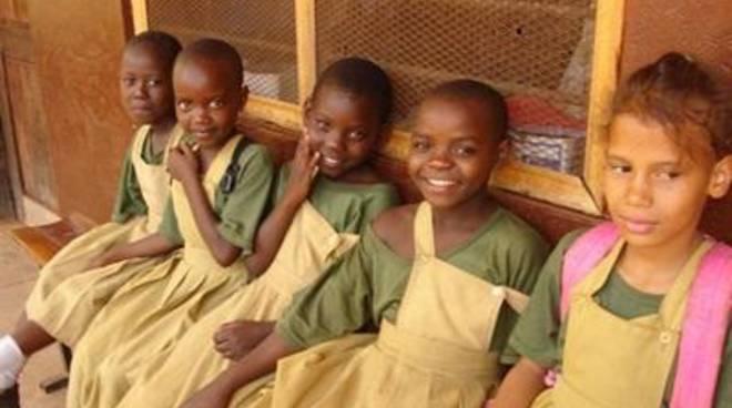 Tanzania, Farmacisti in aiuto: l'educazione all'acqua