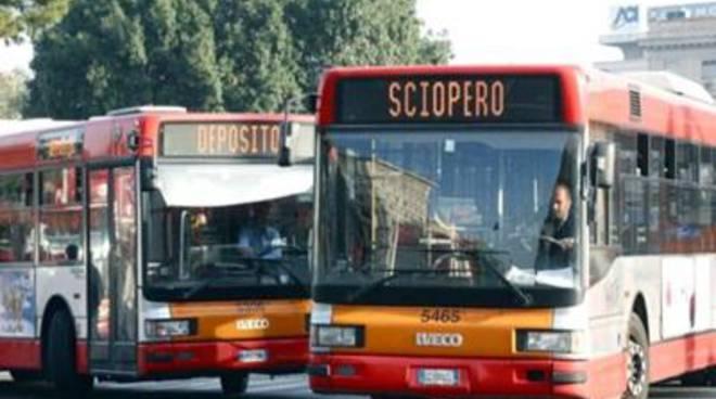 """Trasporti, UsB: """"Atac arrogante, lo sciopero è confermato"""""""