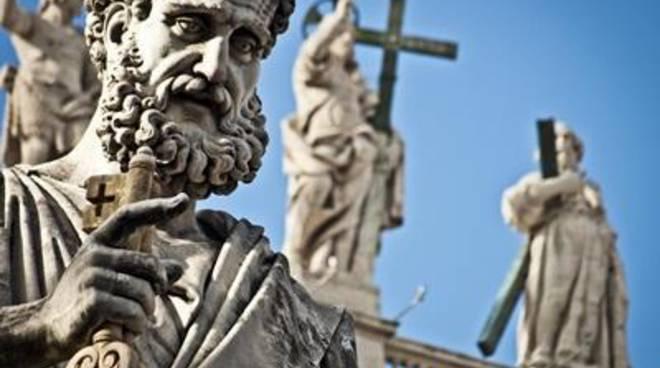 Un monumento a ricordo del probabile passaggio di San Pietro a Fiumicino