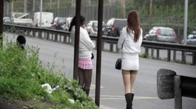 Controlli Antiprostituzione, 450 euro di multa a due clienti