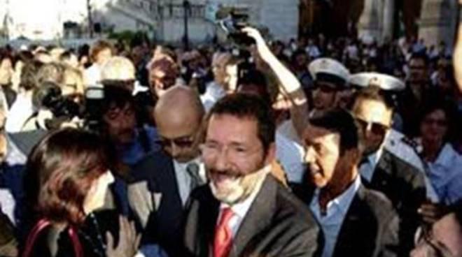 """Fi: """"Continuano le passerelle della Giunta Capitolina ad Ostia"""""""