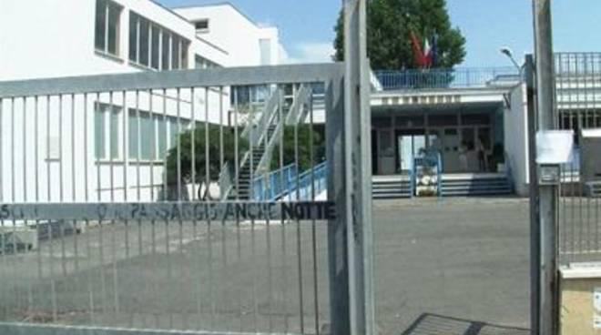 Focene, Scuola senza internet: il Comune non paga la bolletta