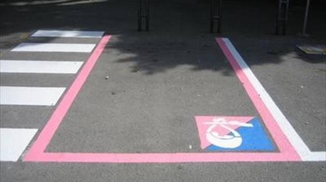 Il Comune adotta i parcheggi rosa