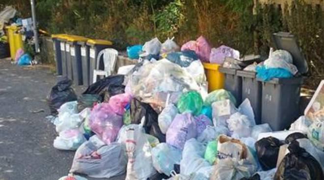 Il problema dei rifiuti di Anzio non è solo una responsabilità del Comune