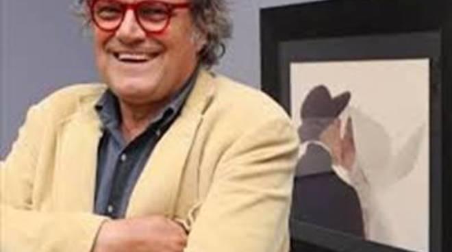 """Il Sindaco parla del """"guru"""" Oliviero Toscano che ha giudicato la città"""