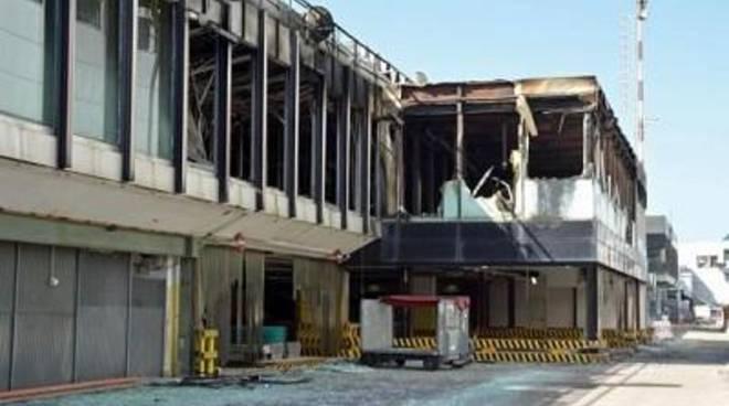 Incendio Aeroporto: sospesa la direttrice della Asl RmD