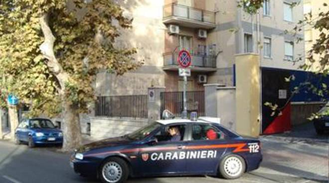 Molesta la compagna: arrestato dai Carabinieri
