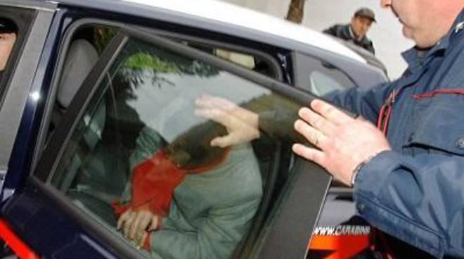 48enne rovato in possesso di sostanze stupefacenti, arrestato dai carabinieri
