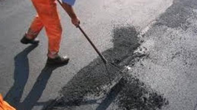 """Il Sindaco: """"Partono i lavori per il rifacimento delle strade comunali"""""""