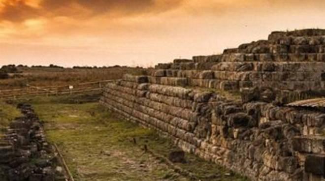 L'assessore al turismo Celli all'inaugurazione di Civita Aperta