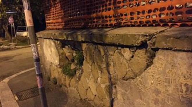 Pericolo di crollo in via Gamurrini e via Pericle Ducati