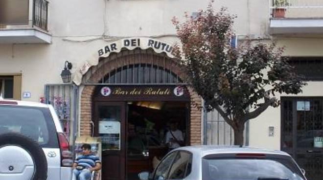 Svaligiato il bar centrale sulla piazza principale di Ardea