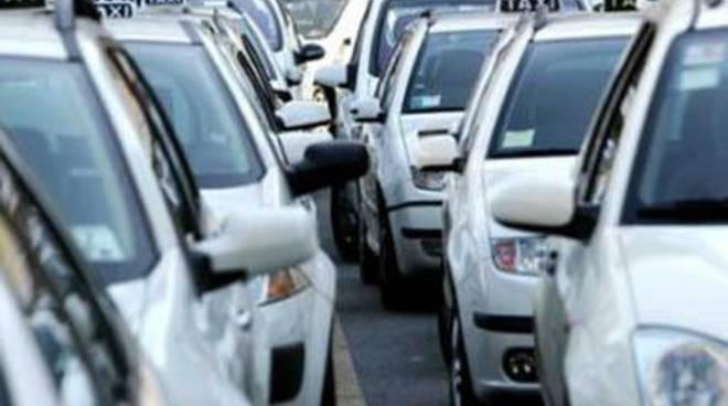 """Aeroporto, Santori: """"Giubileo, un'occasione per mettere fine alla doppia tariffa dei taxi"""""""