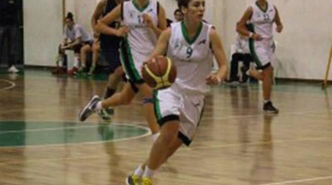 Basket: la Remedica Bull fa suo il derby pontino con la Virtus Aprilia