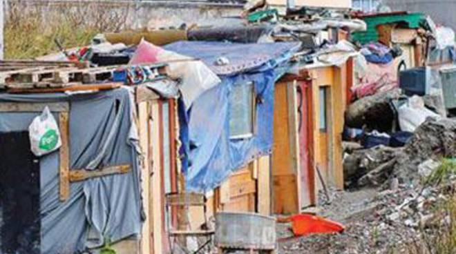 CasaPound: raccolta firme per lo sgombero della baraccopoli alle Acque Rosse