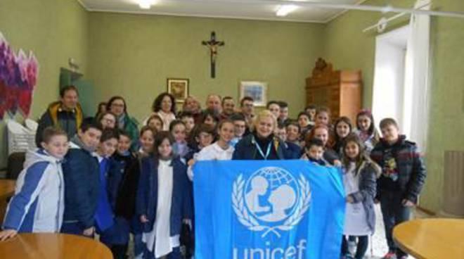 Diritti infanzia, Unicef mette insieme la Giunta e il Consiglio dei giovani